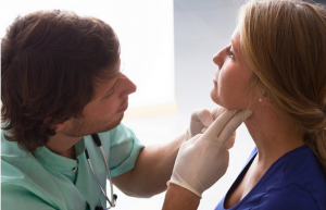 overactive thyroid symptoms in women